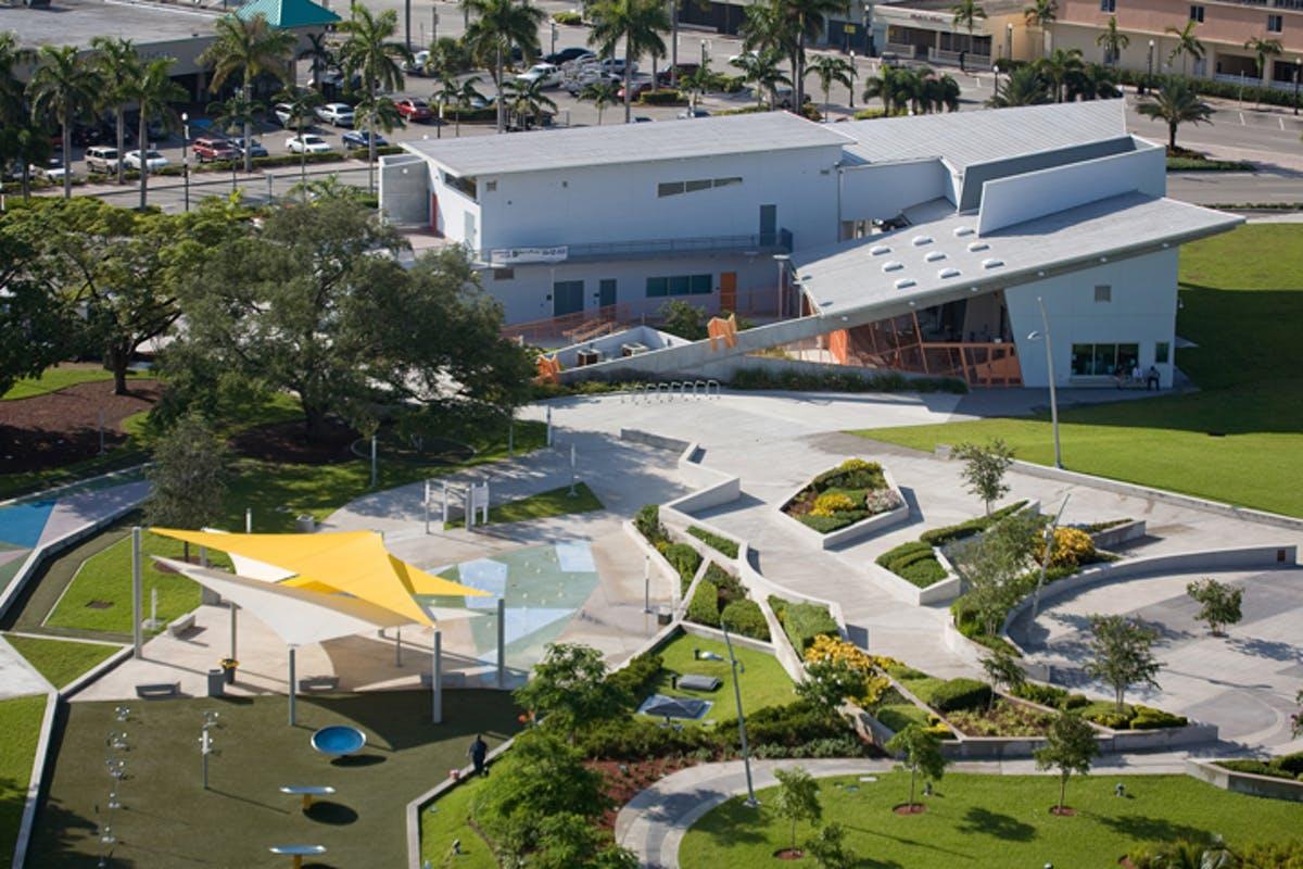 میدان پارک هنر جهان.
